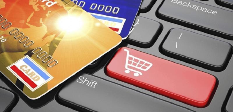 mua sắm online với thẻ tín dụng