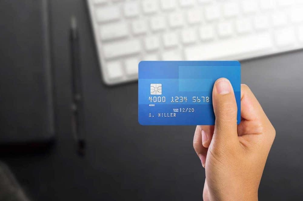 Thẻ tín dụng có chuyển khoản được không?