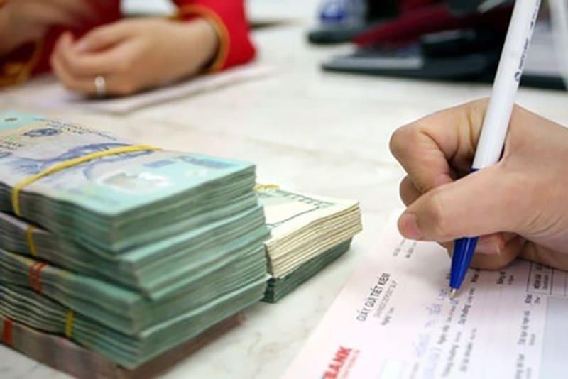 Hạn mức tối thiểu để gửi tiết kiệm phụ thuộc vào gói gửi và ngân hàng gửi