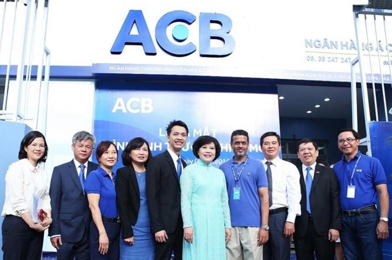 Tổng đài ACB với đội ngũ nhân viên thân thiện và chuyên nghiệp luôn sẵn sàng phục vụ và giải đáp thắc mắc của khách hàng