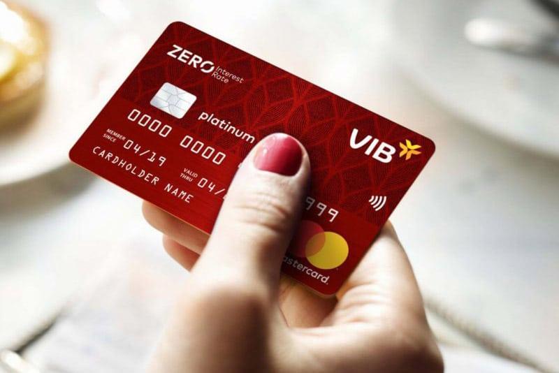 Làm thẻ visa của ngân hàng nào để chạy quảng cáo Facebook, Google