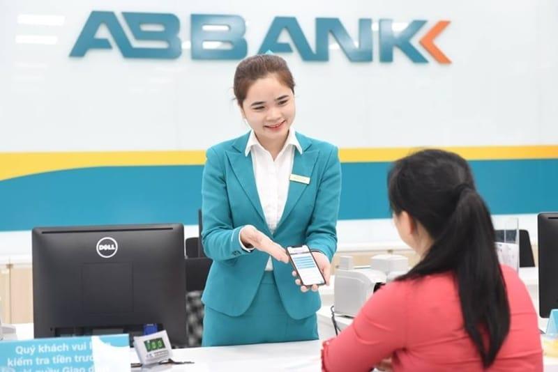 ABBank luôn mang đến cho khách hàng dịch vụ nhanh chóng, hiệu quả phù hợp với từng đối tượng khách hàng