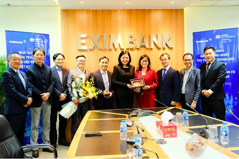 Eximbank liên tiếp nhận nhiều giải thưởng trong và ngoài nước