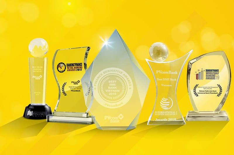 Ngân hàng nhận nhiều giải thưởng danh giá trong và ngoài nước