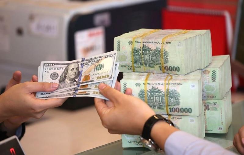 Khách hàng chỉ nên trao đổi ngoại tệ ở những địa chỉ uy tín như ngân hàng, tiệm vàng được cấp phép hay sân bay