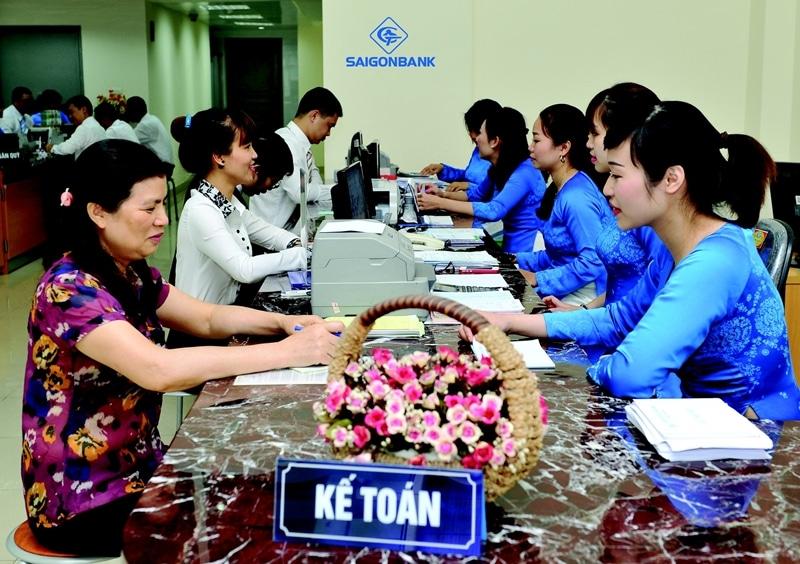 Các sản phẩm dịch vụ tại ngân hàng Sài Gòn Công Thương hết sức đa dạng được tư vấn cặn kẽ đến khách hàng bởi đội ngũ nhân viên tận tâm chuyên nghiệp